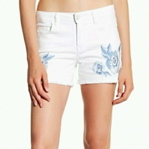 aad10ed6a7ca4 Kensie Shorts   Flower Embroidered Cutoff Short White 8   Poshmark